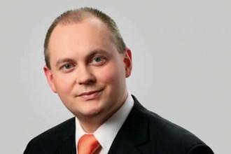 """Hejtman Hašek propadl, dostal dvě pětky – na """"modré"""" vysvědčení"""