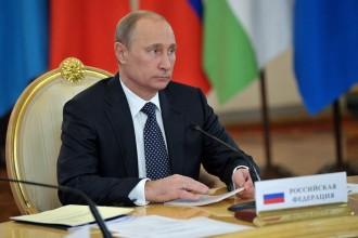 Putin: Bolševici spáchali na Rusku vlastizradu