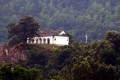 Kosovští Albánci zdemolovali srbský klášter